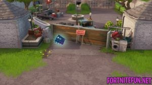 Fortbyte #58 Accessible In Front Of An Abandoned House In Snobby Shores Location Guide